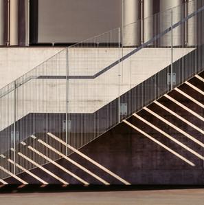 High Contrast Treppe