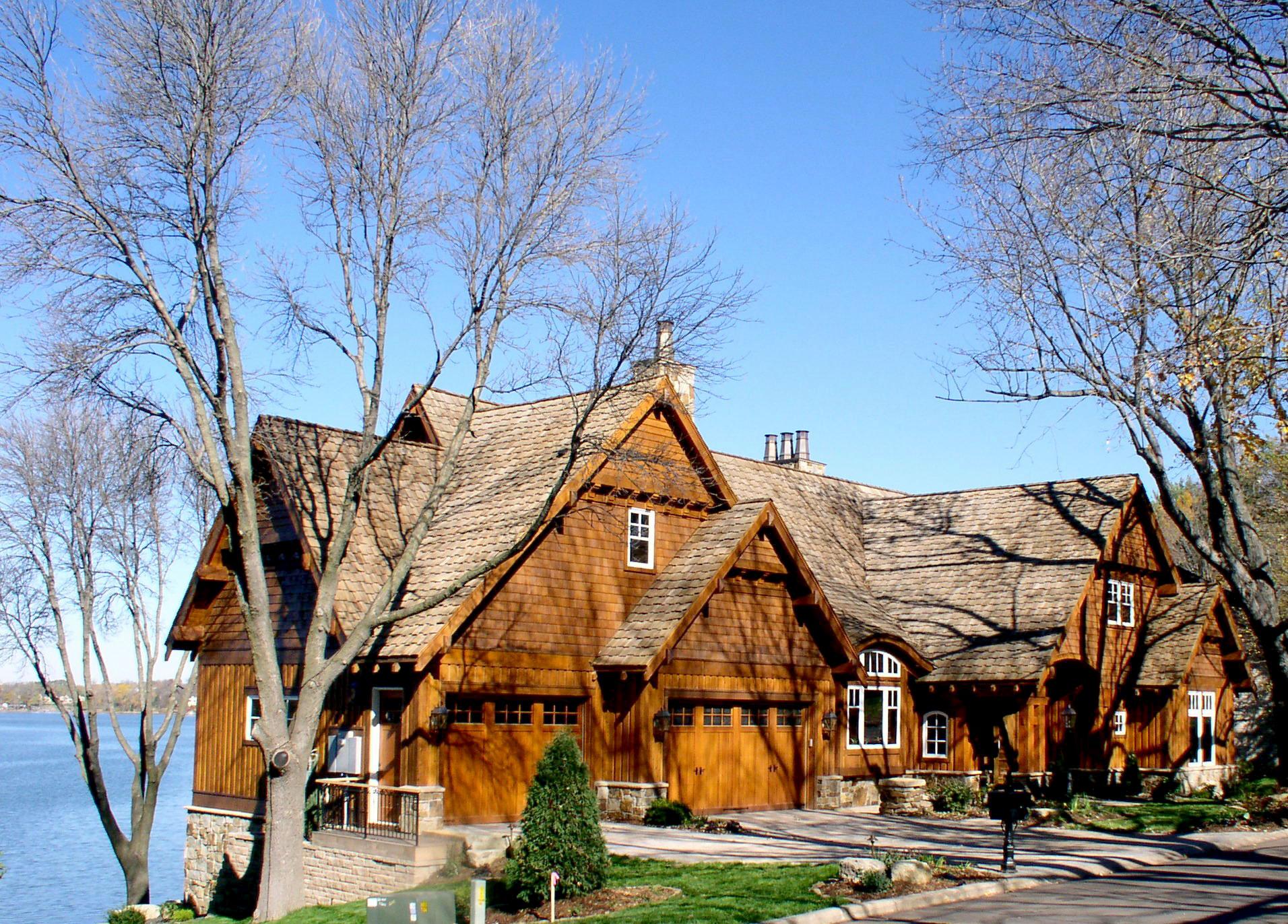 Exterior Western Lodge on Prior Lake