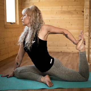 Holly Yoga