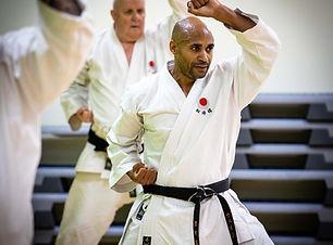 Karate%202%20(1%20of%201)_edited.jpg