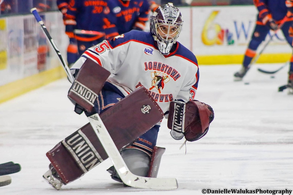 Josh Graziano preparing to play a game for the Johnstown Tomahawks of the NAHL.