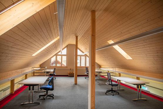 Im Dachraum der Coworkerei ist es ruhig - hier kann man sich bestens konzentrieren