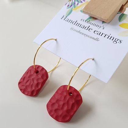 Rectangular button earrings / dark red 2cm