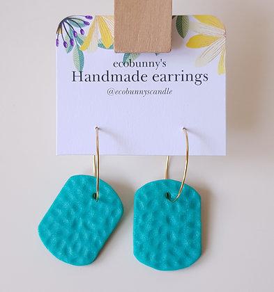 Rectangular button earrings / blue-green 3cm
