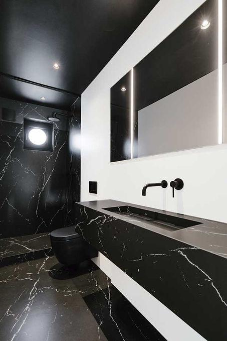 3Neolith-Bathroom-Gallery-Nero-2019-13.j