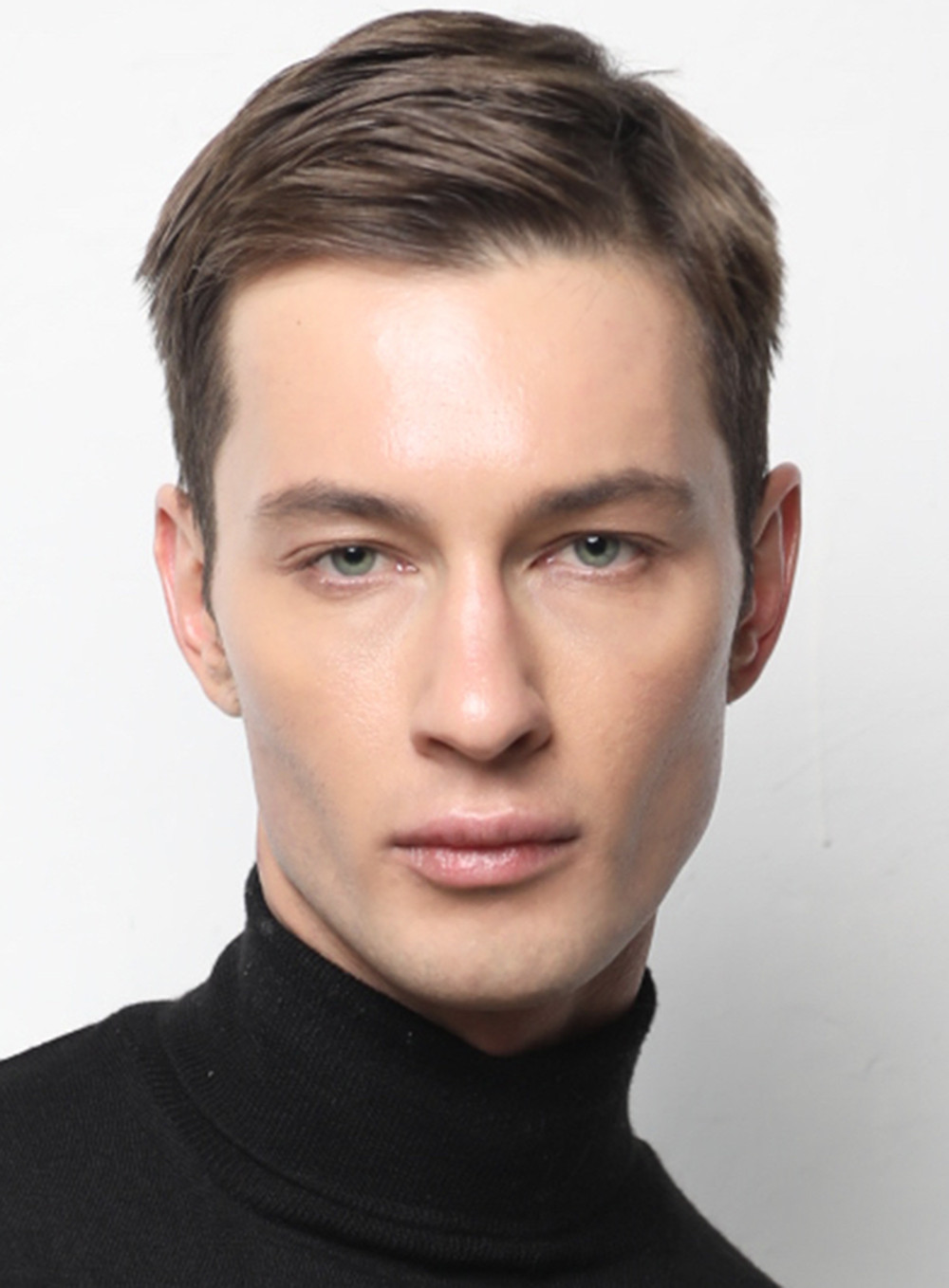 top male model Dima Dionesov