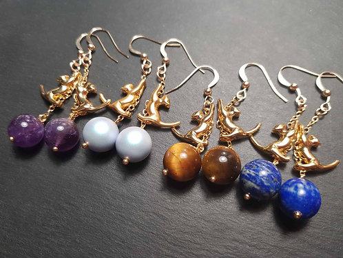 Longues boucles chatons acrobates, doré & perles au choix - 2972