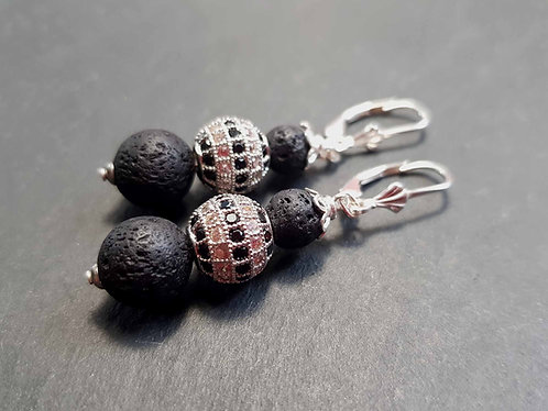 Boucles dormeuses chics & élégantes, perles de lave et perle strassée - 2746