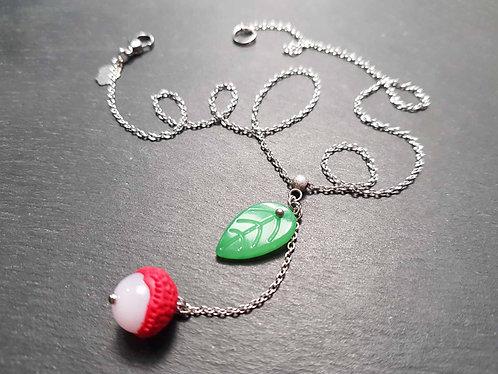 Collier letchi & feuille verte