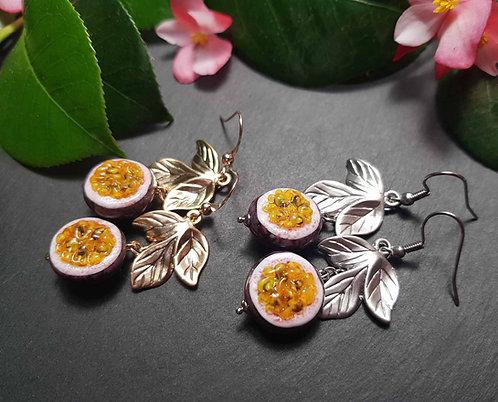 Longues boucles originales fruit de la passion, argenté/doré - 3073