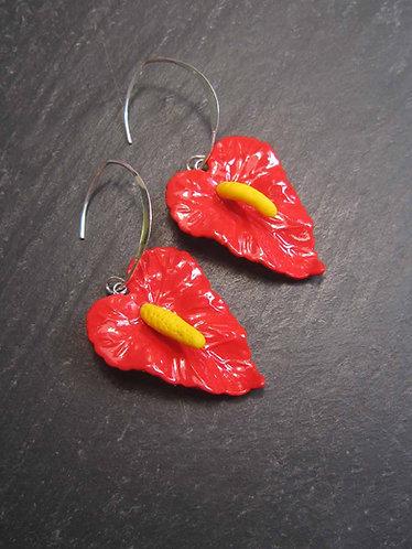 Longues boucles exotiques fleurs d'anthurium / rouge -2743