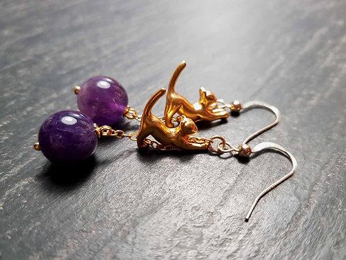 Longues boucles chatons acrobates, doré & perle améthyste - 2955