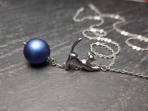 Collier original chaton acrobate & perle Swarovski bleu nuit - 2739C