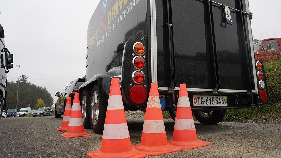 Manövrieren mit Anhänger - Ladungssicherung BE (Kat. B)