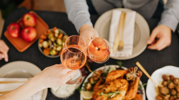 Holiday Eating and Traditions December 2020