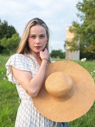 Meadow Girl, France