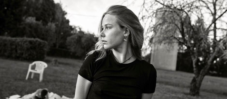 Girl in Black & White