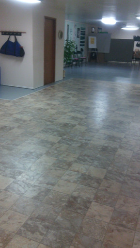 Floor Tiles for Ease of Geometric Foot Placement