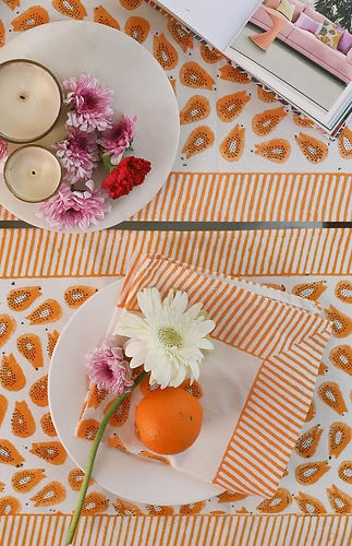 Set of 6 placemats with 6 napkins, Table