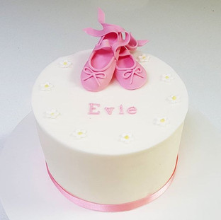 kids cakes berkshire oxfordshire
