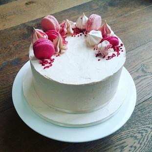 buttercream macaron meringue cake