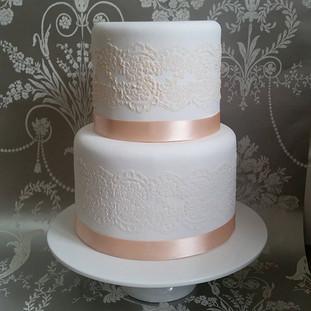 wedding cakes berkshire oxfordshire