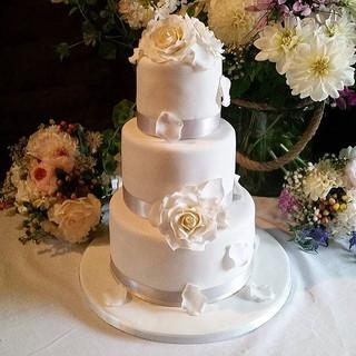 white rose wedding cake