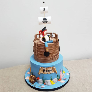 pirate kids cake