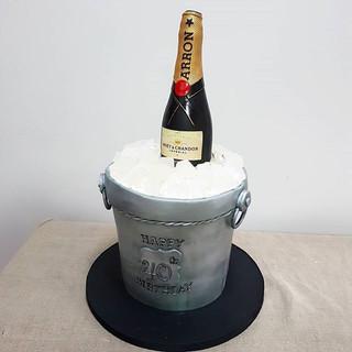 champagne ice bucket cake celebration cakes berkshire
