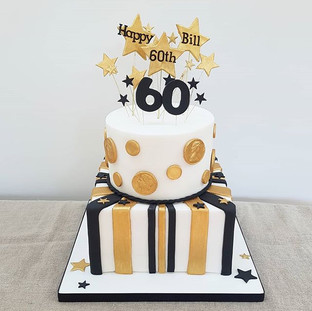 60th birhtday cake black and gold