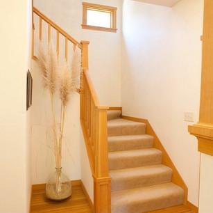 Cedar_Cottage_Stairs_t.jpg