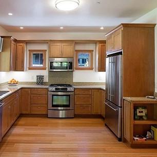 Cedar_Cottage_Kitchen_t.jpg