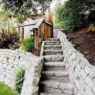 Stairs_t.jpg