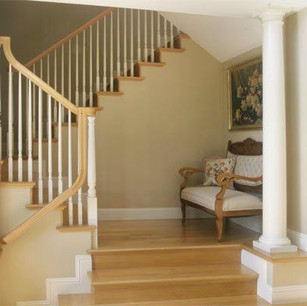 Entry_stairs_t.jpg