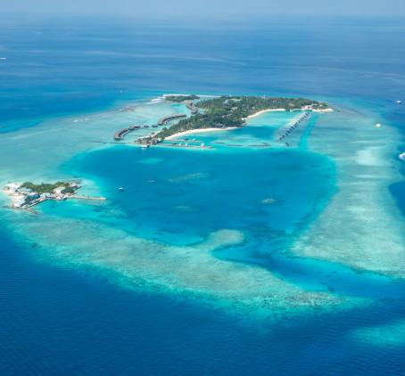 MALDIVAS: DESTINO DOS SONHOS COM FRONTEIRAS ABERTAS