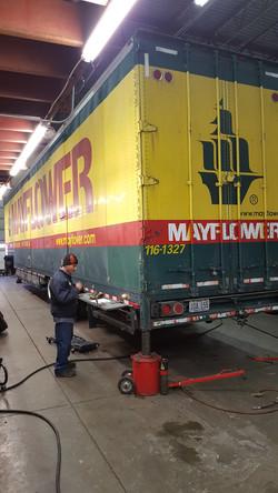trailer-service-repair-centennial,co_Johnson Truck and Fleet Services