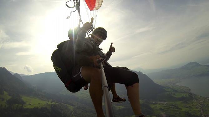 Fliegen über dem Vierwaldstättersee