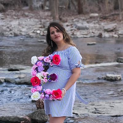 Nizamy Maternity Photos