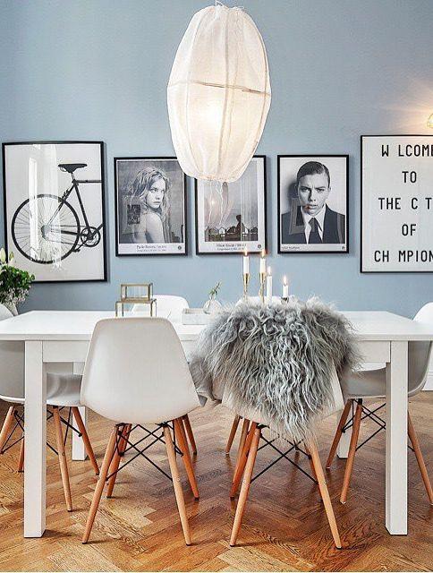 Sala com cor neutra