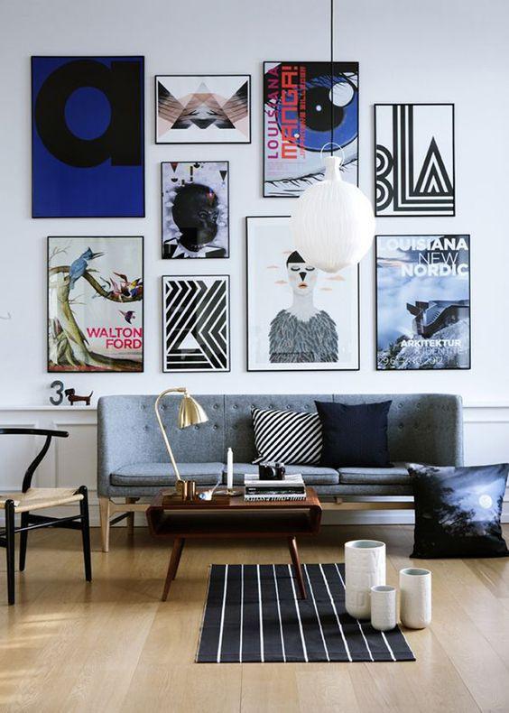 Parede galeria em tons neutros e aspecto moderno