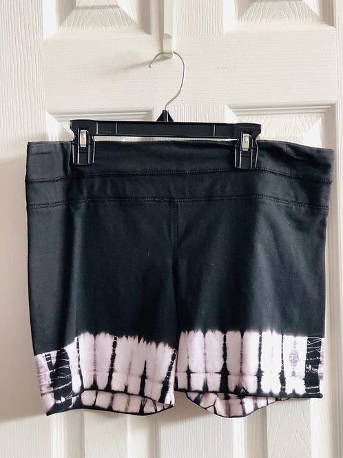 great shorts for hot yoga 🔥Brand-OM Shanti tye dye