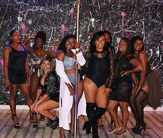 Natalie's Birthday squad _vibe_doll #polefelonyfitness #polelife #poleparty #polefelonparty #polefit