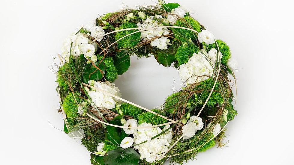 Trauerkranz natürlich in weiß-grün