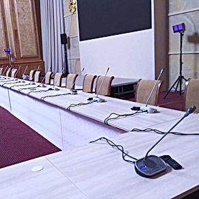 Аренда конференц-системы, микрофонов в Казани, Москве, Уфе, Самаре, Нижнем Новгороде