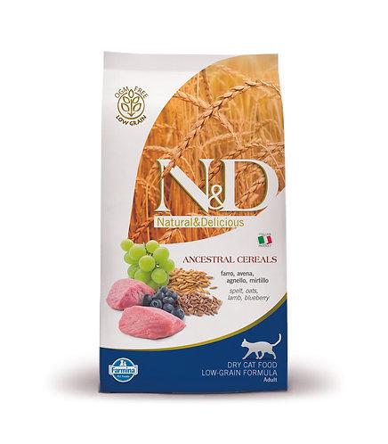 N&D FARMINA с ягненком, спельтой, овсом, с виноградом  и черникой.