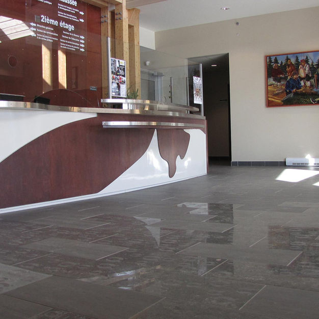 johanne-aubin-design-comptoir-reception-02