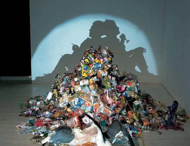 Tim_Noble_Sue_Webster_shadow_sculpture-n