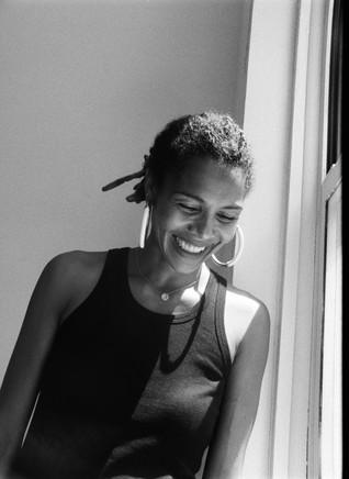 Rencontre avec Ayo sur le macadam londonien. Interview.