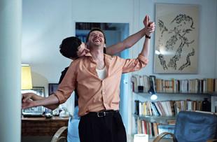 Cinéma. Pierre Deladonchamps, Denis Podalydès dans « Plaire, aimer et courir vite ».