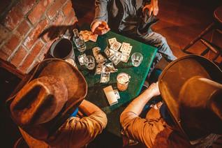 Moonshine Saloon ou le monde de Cassidy.